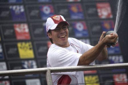 Gran debut español en la Superleague Formula, con victoria de Borja y el Sevilla