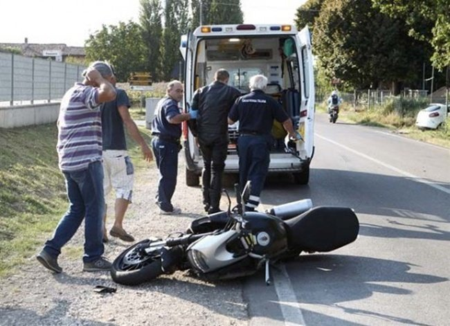 Ducati Diavel accidentada