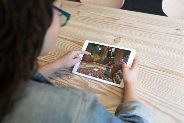 Microsoft prepara la llegada al iPad en entornos educativos de Minecraft: Education Edition
