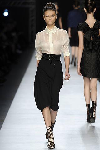 Yves Saint Laurent en la Semana de la moda de París primavera-verano 2009