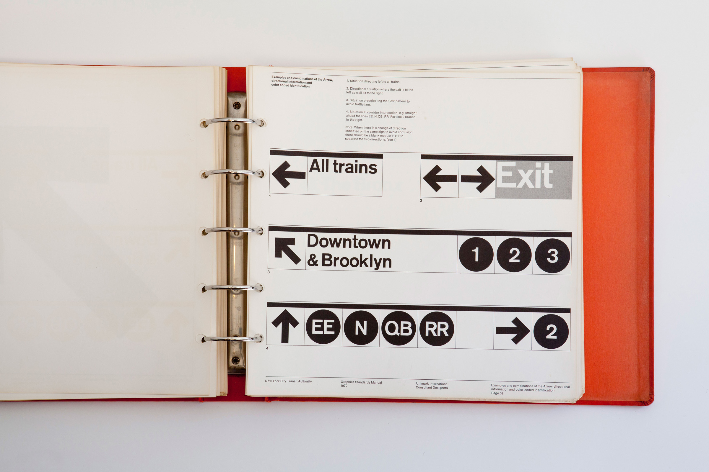 Foto de NYC Transit Authority Graphics Standards Manual (8/15)