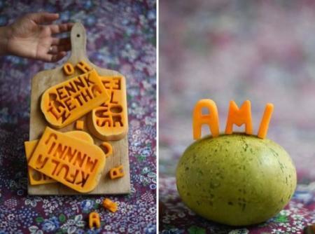 Letras de calabaza para ubicar a tus invitados en la mesa de Halloween