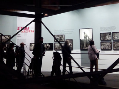 Enrique Meneses, por fin la exposición del fotoperiodista español todoterreno más internacional