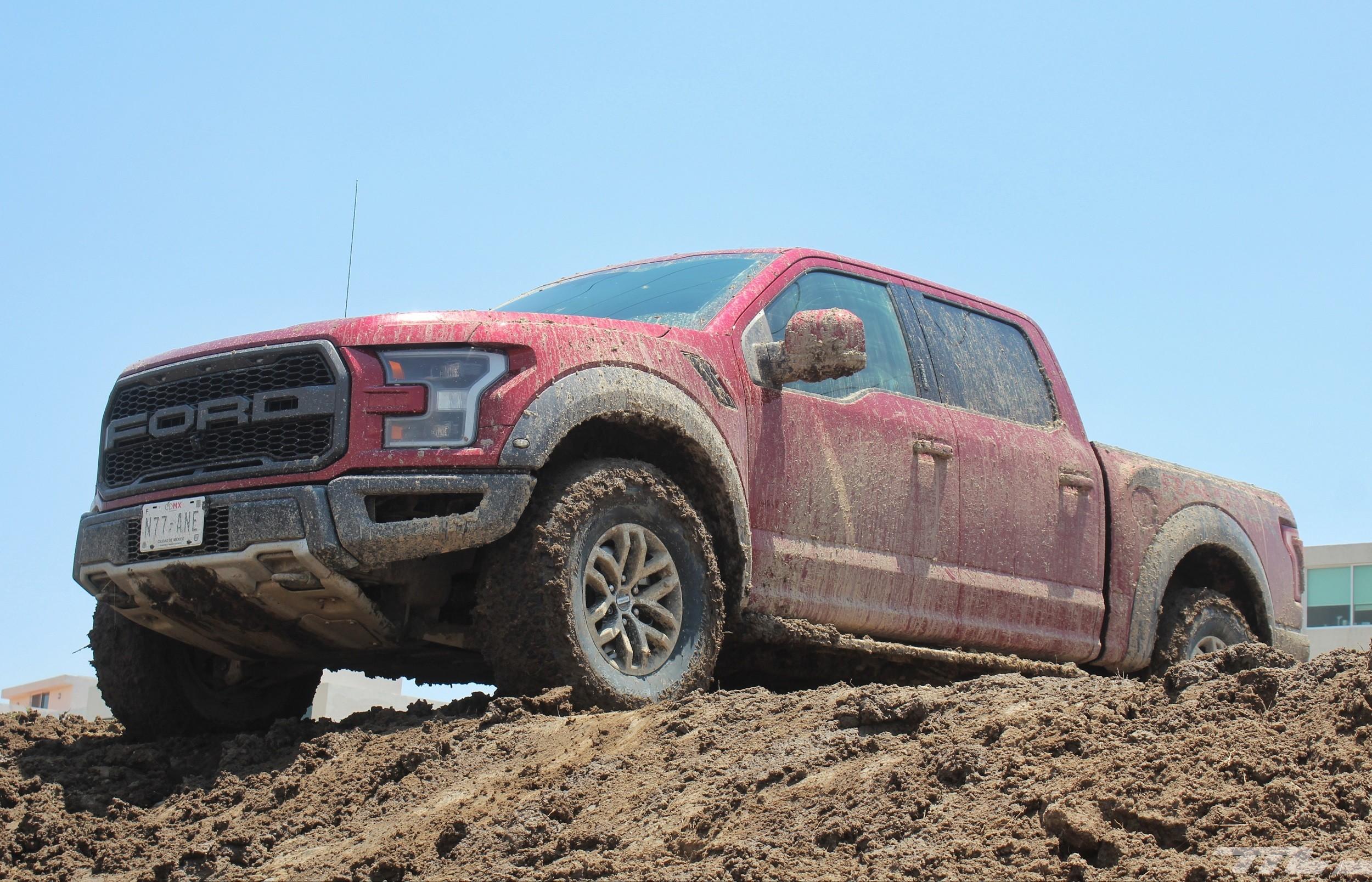 Foto de Ford Raptor (28/44)