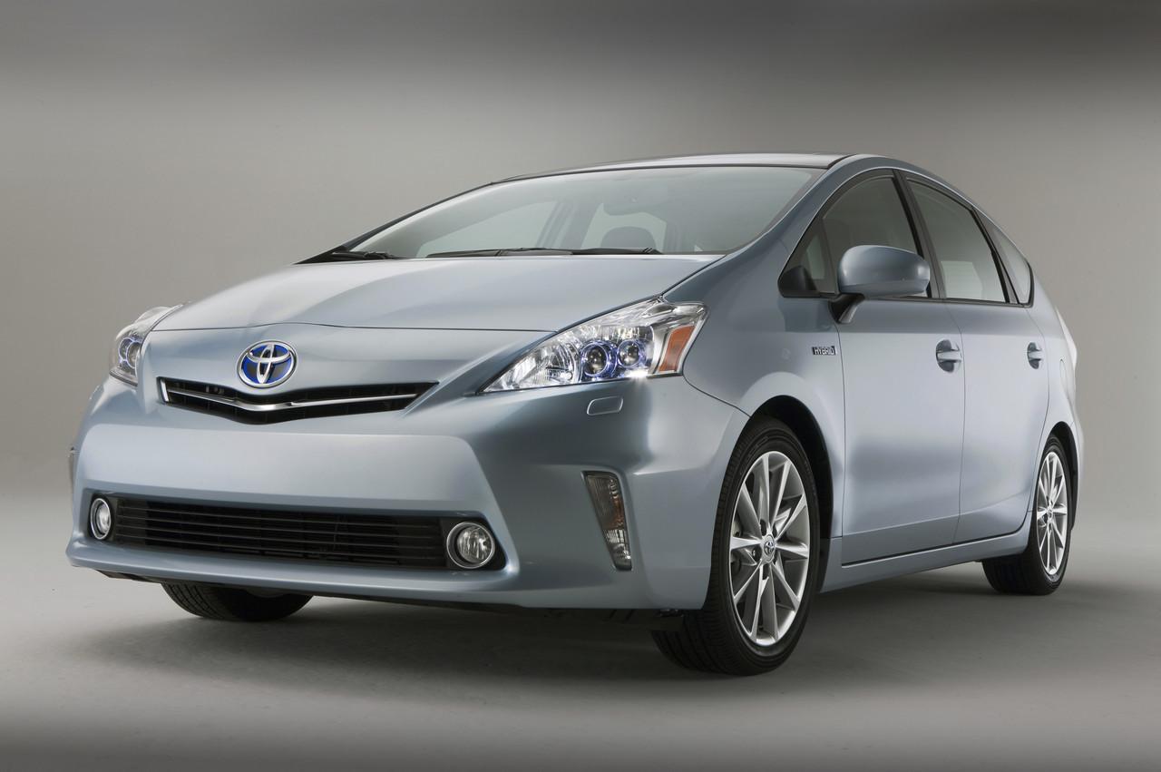 Foto de 2011 Toyota Prius v (9/77)