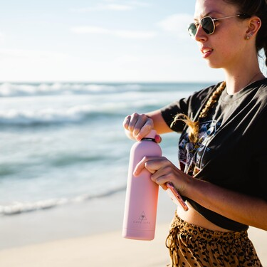 Botellas reutilizables con personalidad propia para marcar estilo allá donde vayamos y poner nuestro granito de sostenibilidad