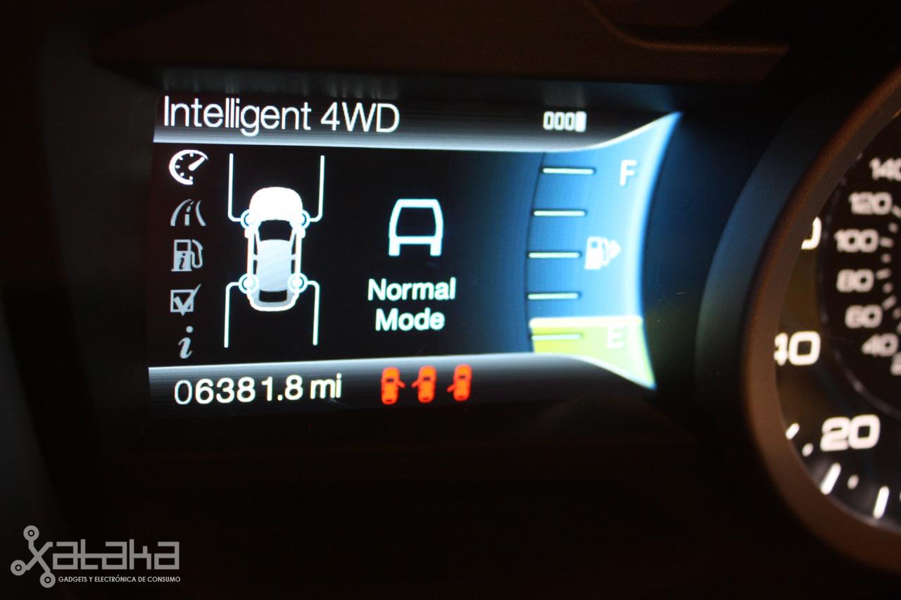 Foto de Ford Sync y MyFordTouch, el nuevo interfaz de Ford para coches (6/23)
