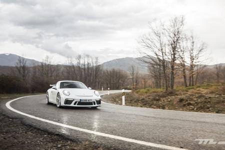 Porsche 911 GT3 curva