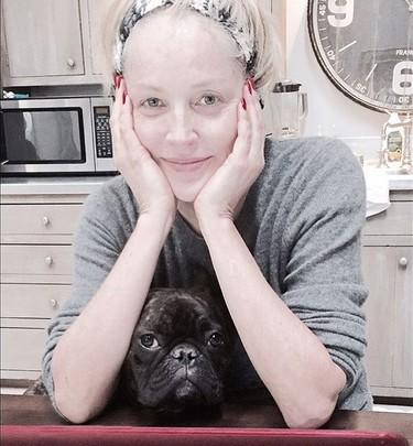 Sharon Stone, a cara lavada y de lo más feliz