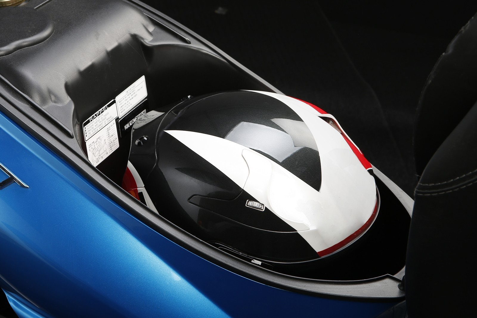 Foto de Peugeot Tweet 125i (2/4)