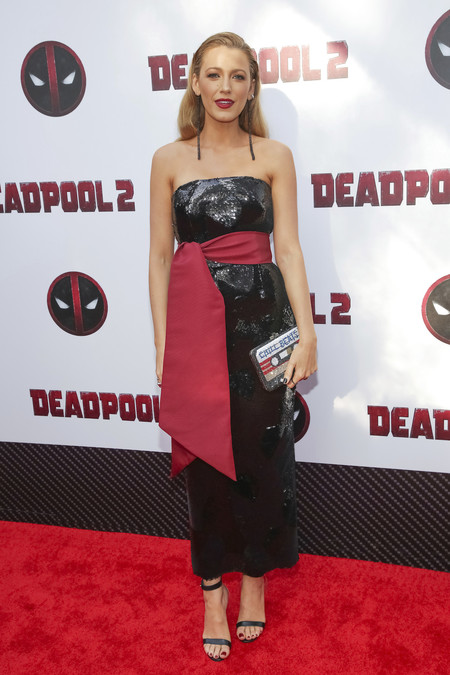 blake lively manicura deadpool