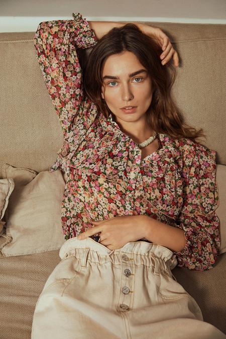 Mango estrena colección y nos enamora con sus nuevas prendas que son auténticos flechazos