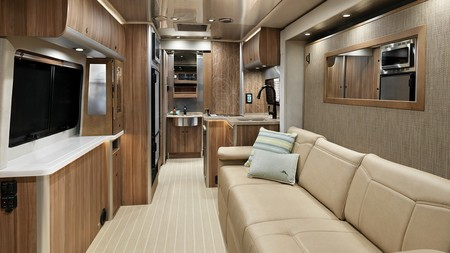 Airstream Atlas Tommy Bahama Tv Down