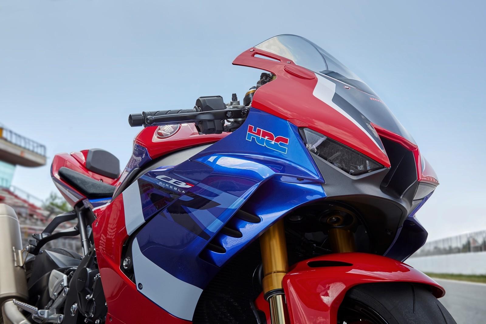 Foto de Honda CBR1000RR-R SP Fireblade 2020 (29/35)
