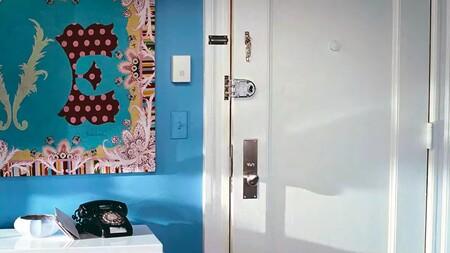 Carrie Bradshaws Apartmentdecor 04