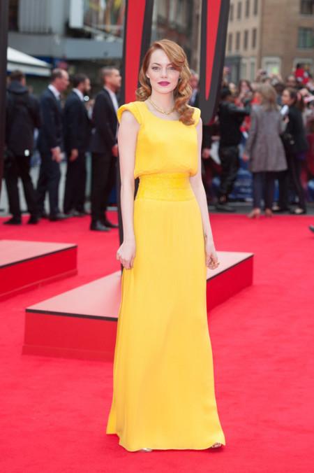 Emma Stone amarillo
