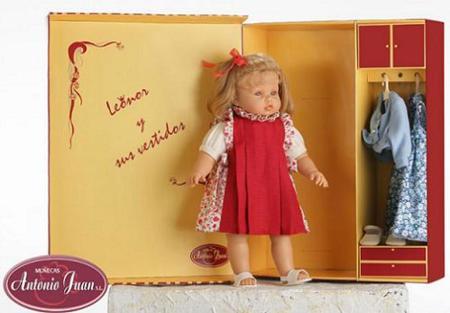 Muñecas de las infantas Leonor y Sofía