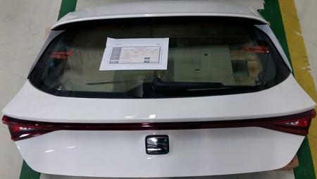 ¡Filtrado! El nuevo SEAT León comienza a tomar forma: así se verá la tapa de su cajuela