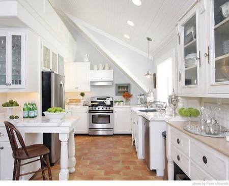 Una cocina en blanco buena o mala idea - Cocina rustica blanca ...
