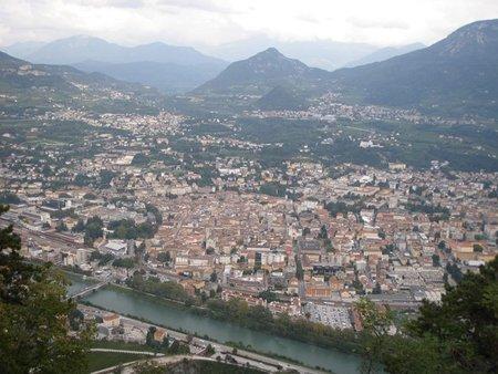 Un teleférico como transporte urbano en Trento