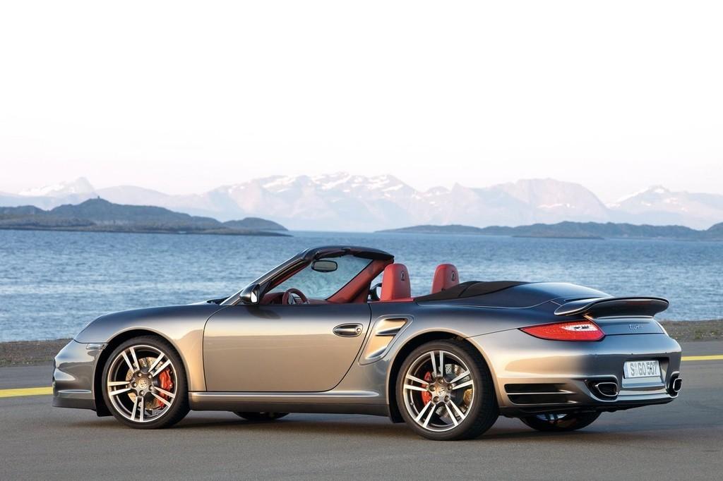 Foto de Porsche 911 Turbo (6/7)