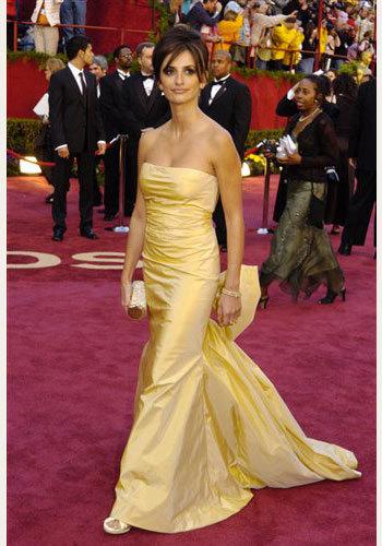 El estilo de Penélope Cruz sobre las alfombras rojas de los Oscar