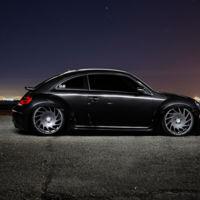 Un Volkswagen New Beetle Fast??? and Loud