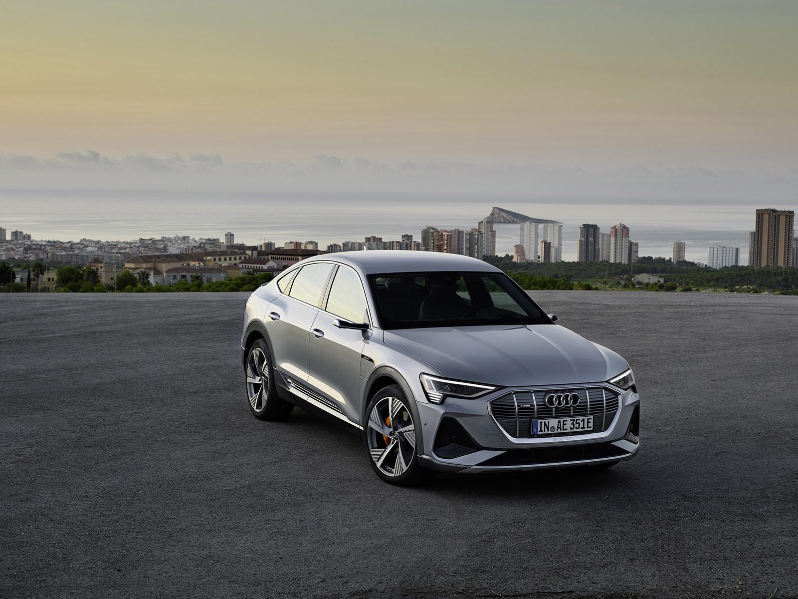 Foto de Audi e-tron Sportback (22/57)