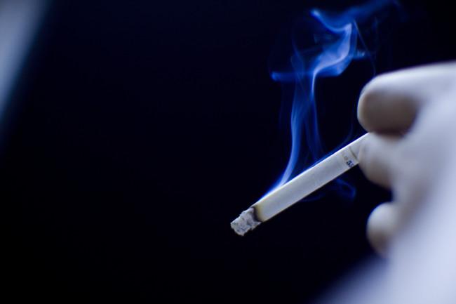 ¿Fumar o no fumar? Así funciona el sesgo de confirmación