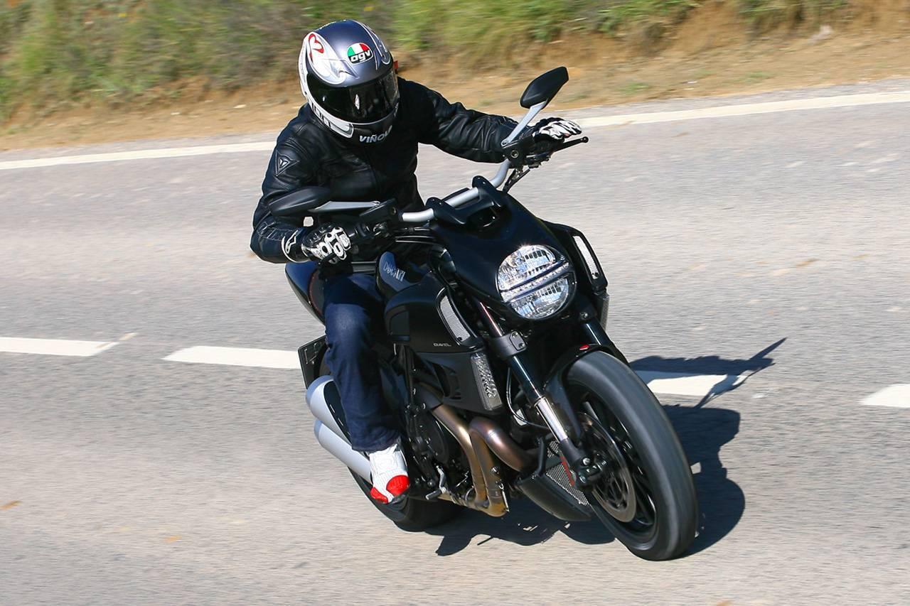 Foto de Ducati Diavel: Conclusiones y caractarísticas (15/43)