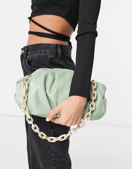Bottega Veneta Chain Pouch Bag Asos Clon 01