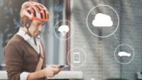 Volvo crea un casco para ciclistas que avisa a los conductores de su proximidad