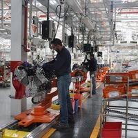 Ford no reanudará actividad en sus plantas como lo tenía planeado
