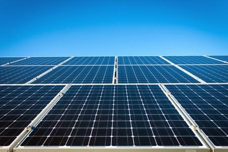 Europa ya no pondrá trabas a la venta de paneles solares chinos, lo que le sentará mal a la industria, pero es bueno para todos