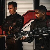 'Fahrenheit 451' estrena tráiler lleno de fuego y neon: HBO ya tiene lista su película distópica