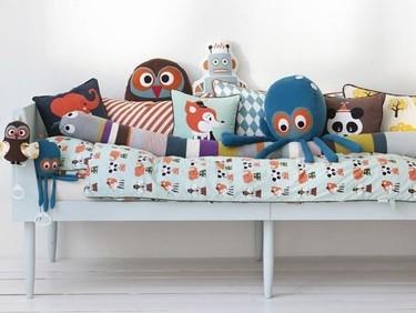 Renueva con cojines: un toque divertido para la habitación infantil