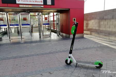 Rotundamente sí: puedes utilizar el patinete eléctrico durante el estado de alarma, igual que la moto y la bicicleta