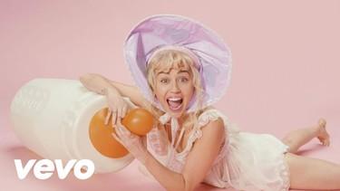 Baby News: un bebé llamado Miley Cyrus y Kiko Rivera ya tiene la parejita