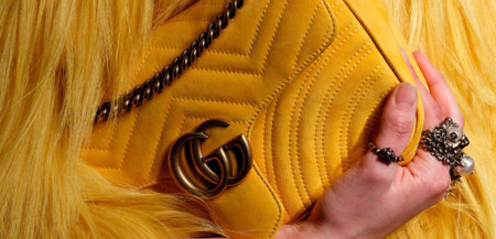 Alessandro Michele realiza un lifting en toda regla al logo de la doble GG de Gucci porque no se puede restaurar la salud de una marca privándola de sus raíces