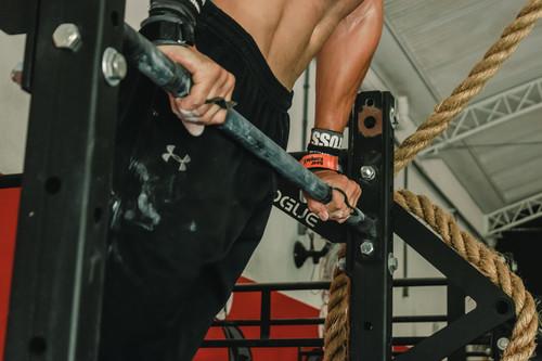 Cinco ejercicios de CrossFit para los que solo necesitas una barra