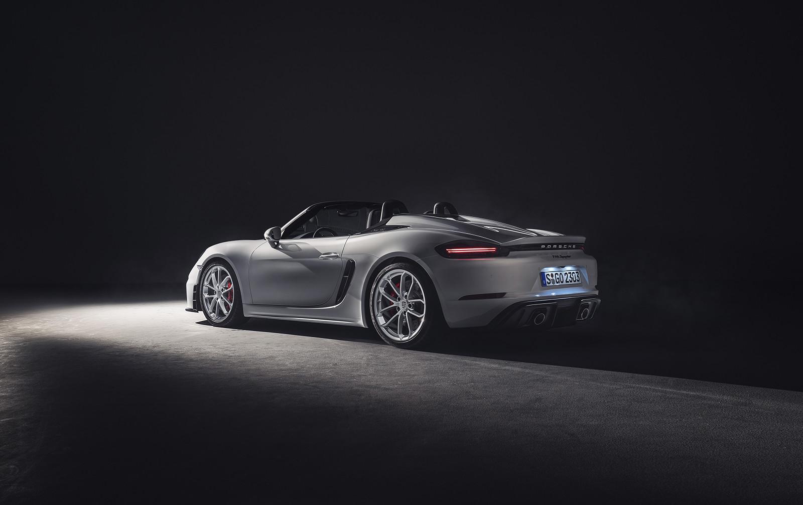 Foto de Porsche 718 GT4 2020 (12/13)