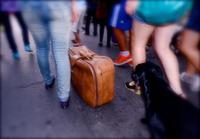 Una mujer recupera su maleta perdida... 20 años después