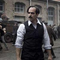 Tráiler de 'La sombra de la ley': Luis Tosar repite con el director de 'El desconocido' en una película de gánsteres