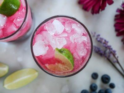 Cinco cócteles con frutas para refrescar el domingo (o cualquier otro día de la semana)