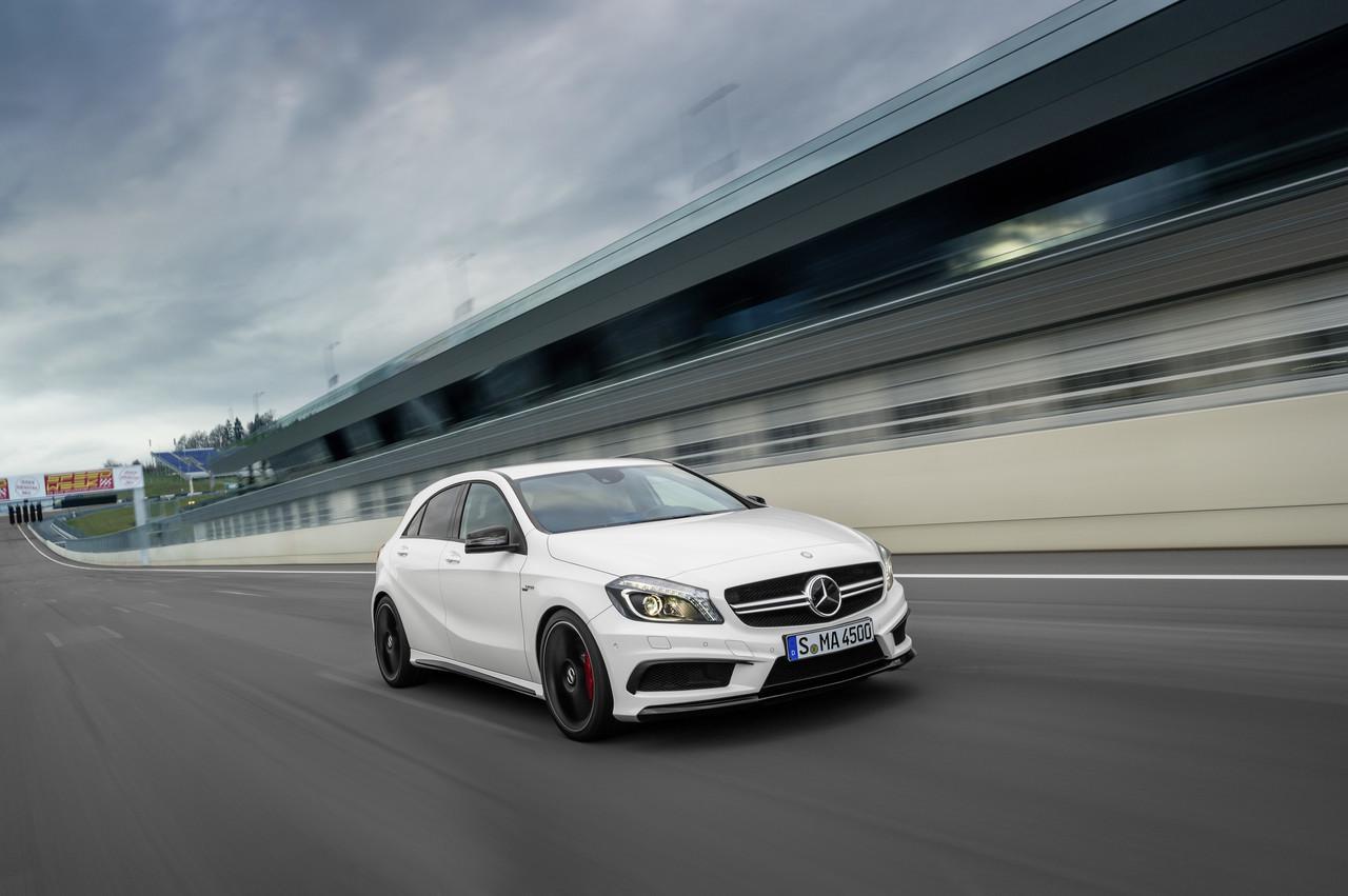 Foto de Mercedes-Benz A 45 AMG (19/24)
