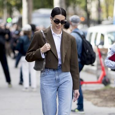 Vuelven las toreras: nueve maneras de combinar las chaquetas más cortas