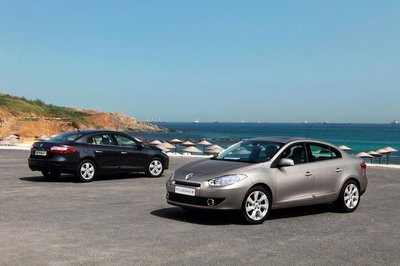 Renault Fluence Z.E. versus Fluence normal