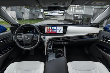 Toyota Mirai 2021 Interior 1
