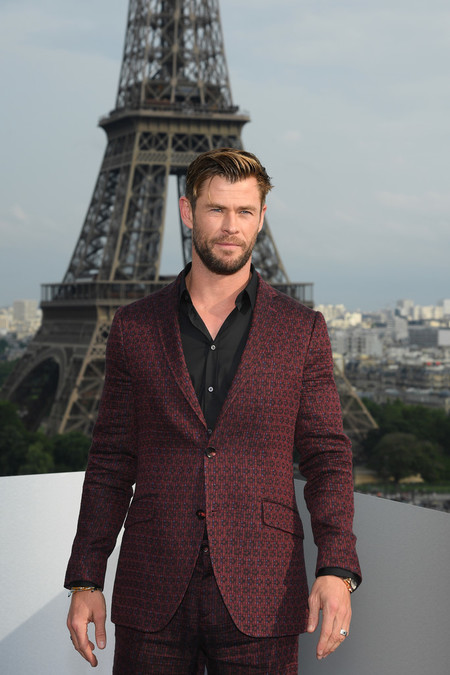 Chris Hemsworth Men In Black International Photocall At Cite De L Architecture Et Du Patrimoine In Paris 2