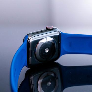 Un usuario de Reddit salva su vida el primer día de disponibilidad del ECG del Apple Watch Series 4